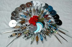 Lot of 36 pizza cutters made of various glass N 4