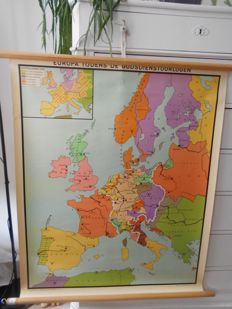 Beautiful poster on linen of Europe during the wars of religion.