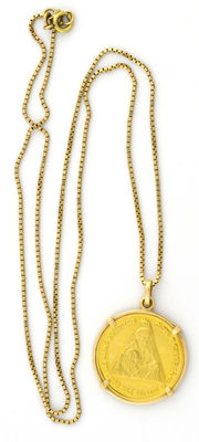 Gold (18 kt) chain and medal with Christmas motif.