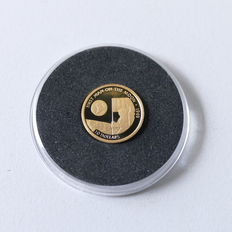 """Cook Islands - the smallest gold coins in the world """"First man on the moon"""" - 1995"""