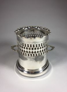 Silver plated bottle holder, England, second half 20th century