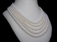Cultivated pearl necklace with 347 of 6.0 - 6.5mm in diameter from South East Asia