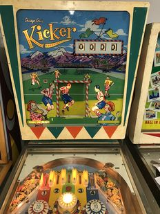 Chicago Coin Kicker Pinball machine