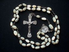 Beautiful, exceedingly large size silver/mother of pearl Carmelites Rosary - 1st half 20th century