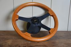 BMW - wooden steering wheel for (modern) classic car - diameter 35 cm