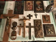 Religious collection, bronze, wood, brass, etc., devotion altar, crosses, holy water bowls, and icons