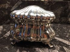 Finely crafted 800 silver casket,  1862, Austria