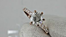 1.15 Ct round diamond ring made of 14 kt rose gold