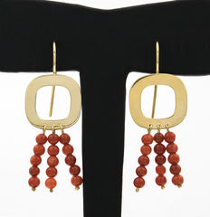 Yellow gold earrings with natural Pacific coral beads