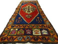 "Dusenmealti – 119 x 48 cm – ""Persian eye-catcher in stunning colours – In stunning, nearly unused condition"" – Note! No reserve, starts at €1"