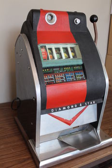 Rare Sega Diamond 4 Star Slot machine