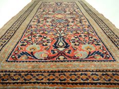"""Sarough – 118 x 68 cm – """"Finely knotted Persian rug in beautiful  condition."""" - Please note: no reserve, bidding starts at €1"""