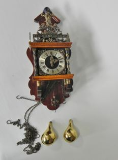 Mahogany Zaandam clock – Wuba – 2nd half 20th century.