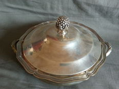 lovely silver plated vegetable dish, 1950