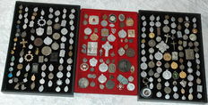 Lot of medals and votive crowns, from 1900 onwards