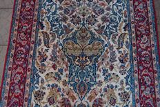 Original & Beautiful Persian Iran Isfahan 1000000 knots M/2 handknotted 109x 160cm around 1970