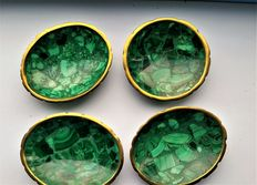 Set of 4 rare handmade and polished malachite gemstone dishes with brass rim; approx. 85 x 75 mm. Total of 240 grams