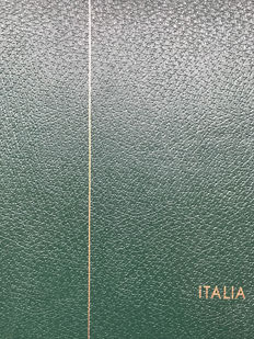 Italy 1862/1945 - Fairly complete collection in Leuchtturm album