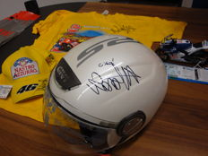 Helmet signed by Valentino Rossi - hat - calendar - scarf - t-shirt -