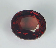 Spinel - Orangy red - 1,01 ct