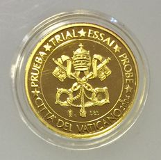 Vatican - 5 Euro designs Vatican in gold