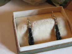 Antique sleeper earrings in ORIA laminated gold and jet beads