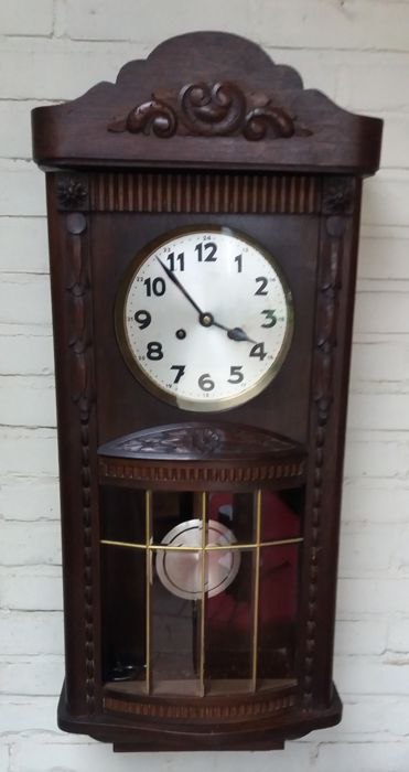 Regulator clock with a belly – circa 1930-35