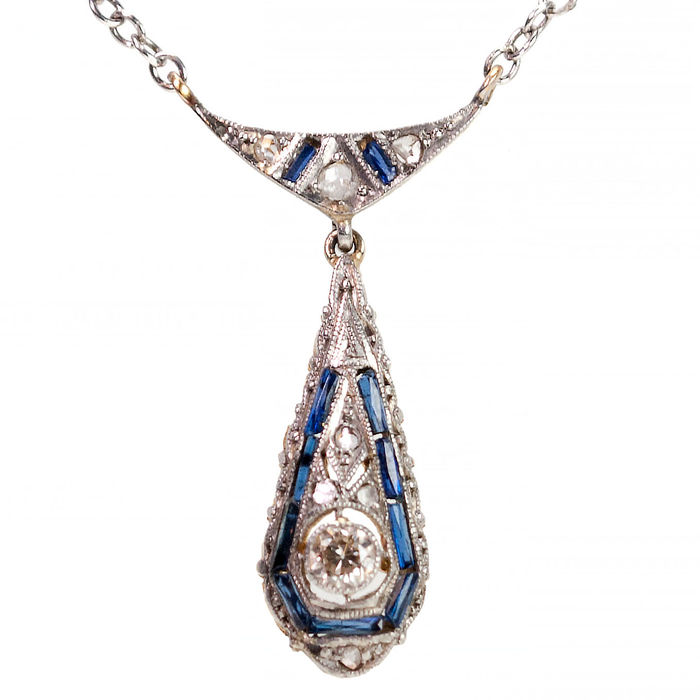 Gold Art Deco necklace set with diamonds and sapphires