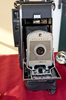 Polaroid Land camera Model 150 (1957/1960)