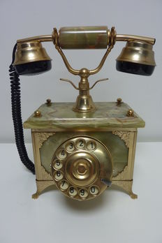 Very speciale Onyx phone gold plated 24 K Italy