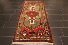 Old Persian carpet Sarab 100x200cm natural colours Made in Iran around 1930