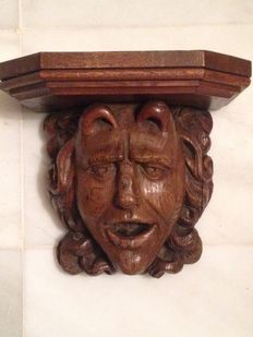 Flemish carved wooden head - 17th/18th Century