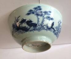 Nanking cargo blue and white bowl Scholar crossing bridge christies lable 3122 - China - Ca. 1750
