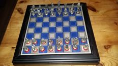 'Battle of Waterloo' - chess set