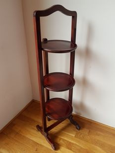 Brocante English wooden etagere.