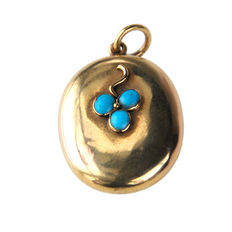Turquoise, 18 ct Gold Pendant  Late Victorian (1885-1900).