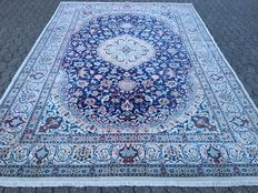 Persian NAIN with SILK - with certificate of authenticity - approx. 348 x 247 cm - 20th Century
