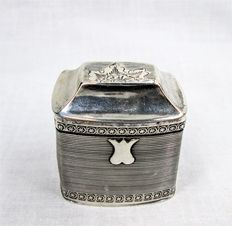 Dutch silver loderein box Leeuwarden 1857 created by Carolus Henricus Cammans