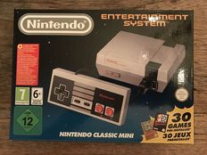 Nintendo Classic Mini - complete in box - with 30 built-in games