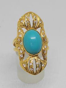 18 kt gold. Shuttle ring in 18 kt yellow gold with turquoise stone Interior size: 17.5 mm