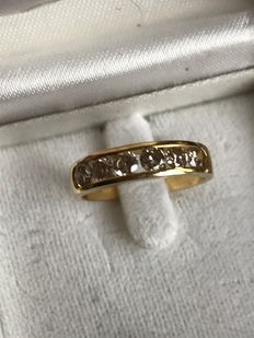 Yellow gold ring with 6 x diamond, 0.42 ct in total