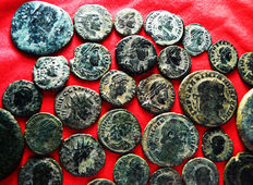 Roman Empire – Lot of 33 AE coins (late Roman Empire and Roman Empire) MAIORINA, FOLLIS, AS, ANTONINIANUS. Different emperors
