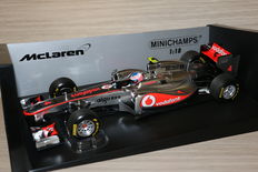 Minichamps - Schaal 1/18 - Mclaren Mercedes-Benz  MP4-26 - J. Button