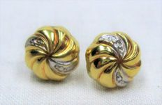 Gold earrings with diamond - 18 kt