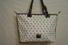 Dooney & Bourke – Handbag