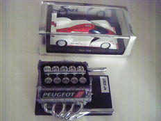 Peugeot Sport - set of 2 miniature objects -  V10 engine of the 905 of Formula 1 - 908 V12HDi 2006 vehicle