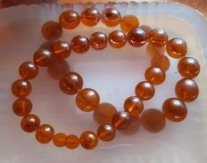 Baltic amber necklace, weight 128 gr