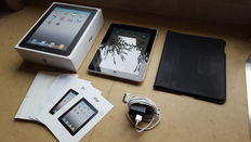 Apple IPad 1, with 64 GB + original Apple box cover, in box with charger, etc.