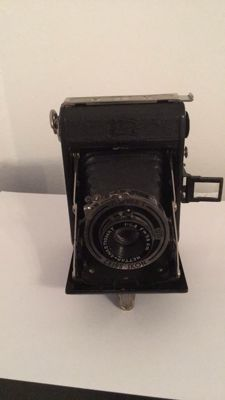 Zeiss Ikon folding camera
