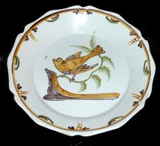 Plate from NEVERS, yellow bird